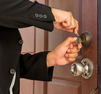 Bloomfield Locksmith Service Bloomfield, CT 860-744-3007